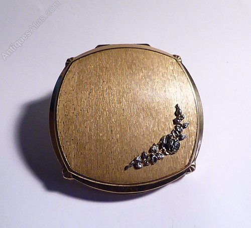 Suggest you Vintage compacts for