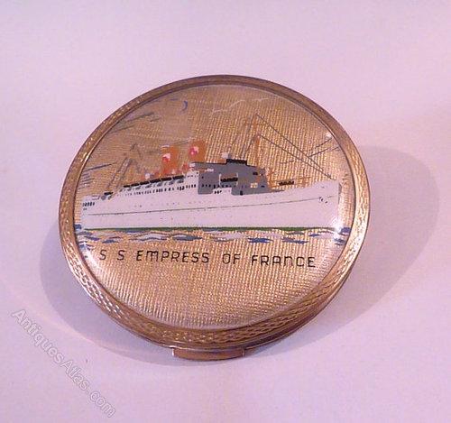 Antiques atlas vintage stratton ship compact for 11975 sunshine terrace