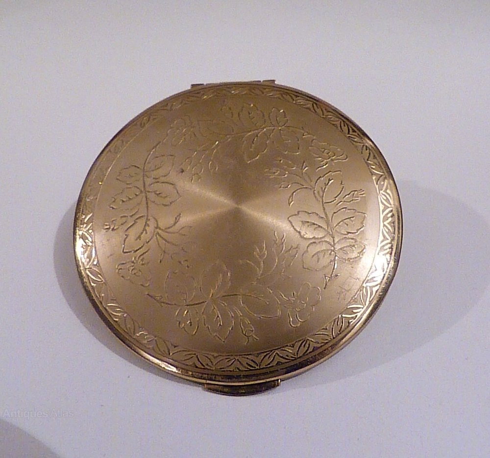 This intelligible Vintage compacts for happiness has