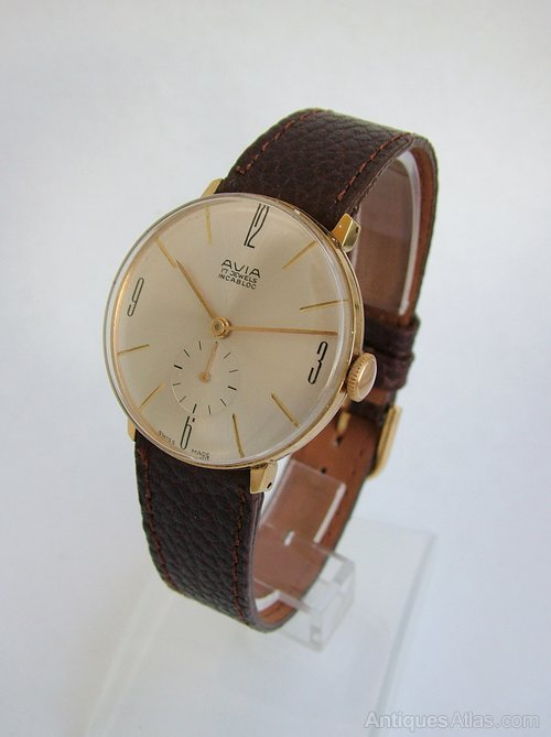 Gents_1960s_Avia_hand_winding__as170a109