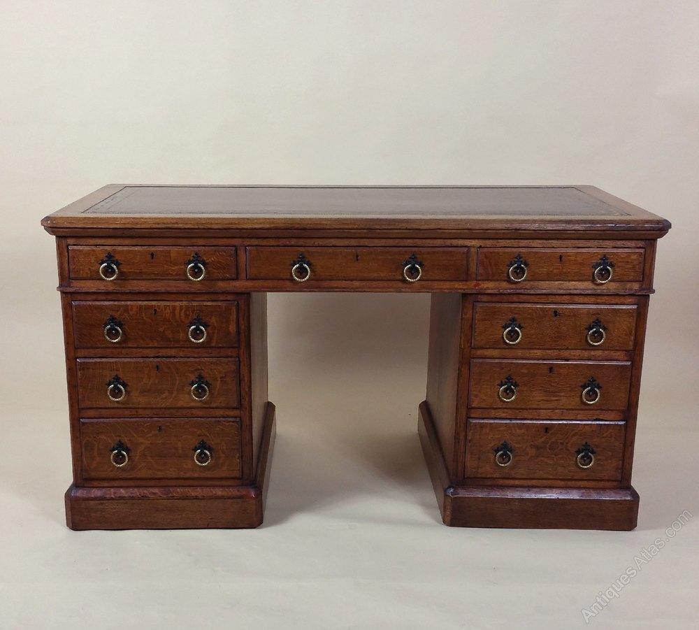 28 Antique Desk With Drawer By Oak Craftsman 1920 S