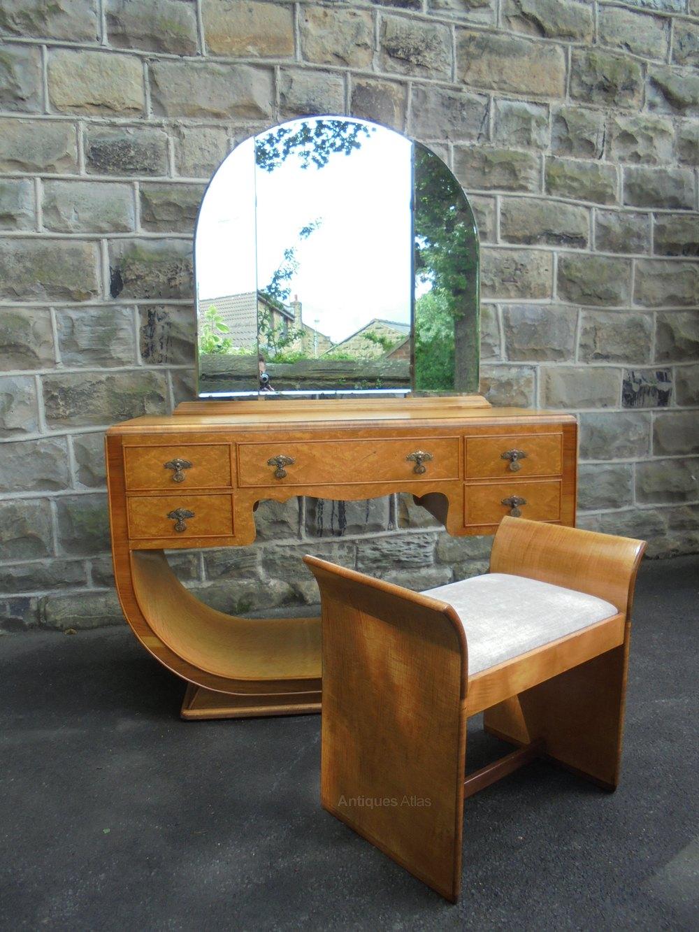 Dating antique furniture veneer 8