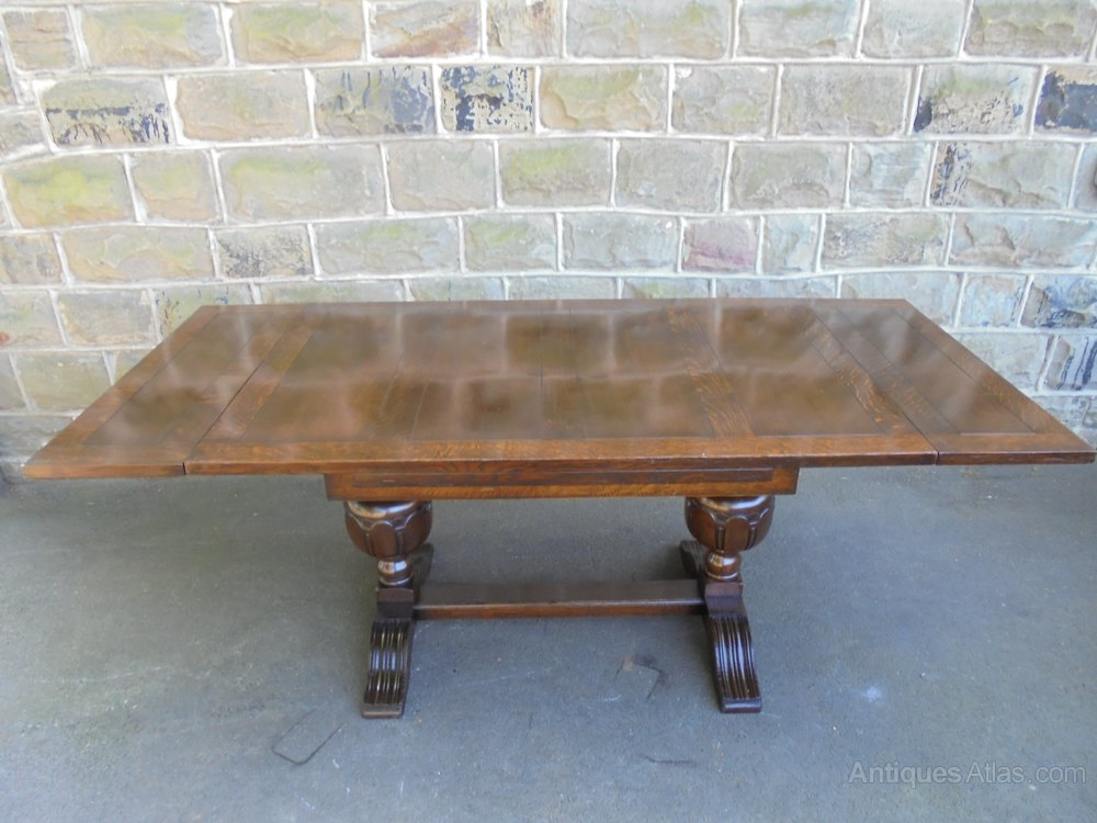 Quality antique oak extending table and 6 chairs for Good quality dining tables