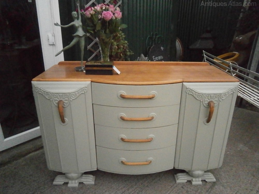 art deco oak sideboard antiques atlas. Black Bedroom Furniture Sets. Home Design Ideas