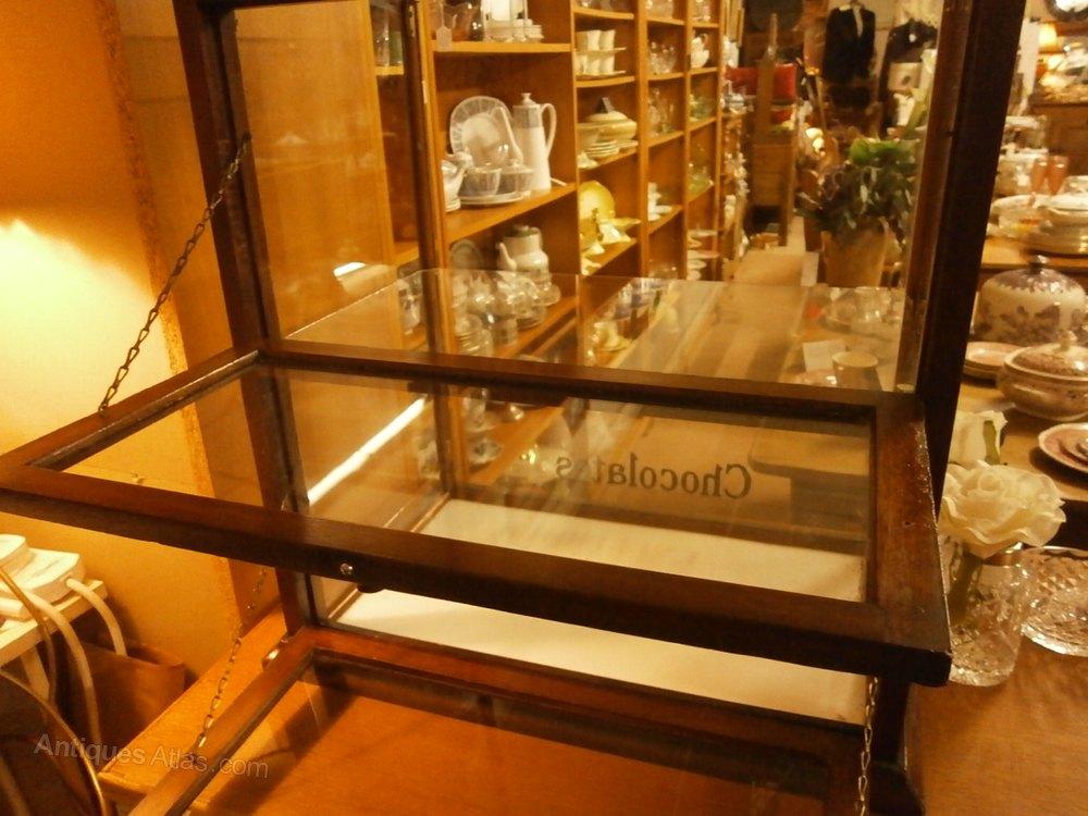 Cadbury S Chocolates Counter Top Display Cabinet