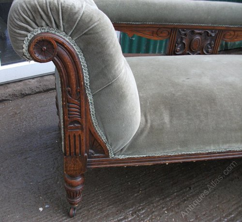 Victorian oak chaise longue antiques atlas for Antique victorian chaise longue