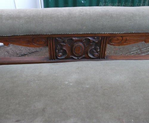 Victorian oak chaise longue antiques atlas for Antique victorian chaise longue