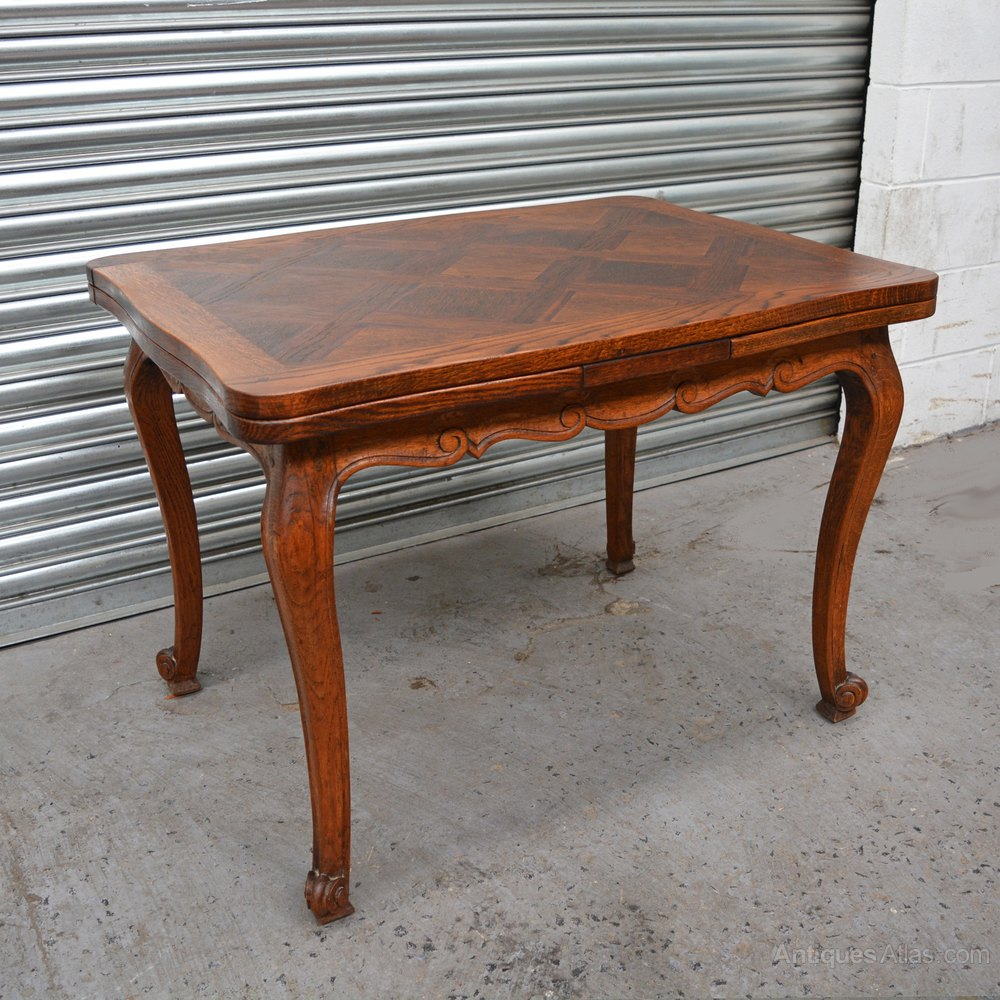 Walnut french dining table antiques atlas - Antique french dining tables ...