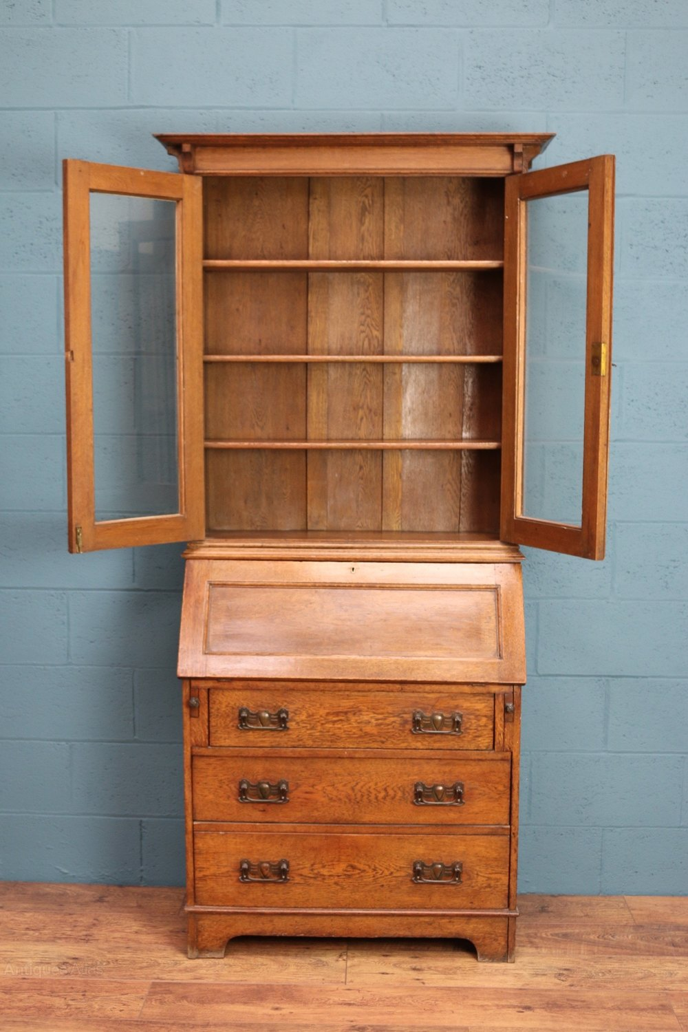 Arts and crafts bureau bookcase antiques atlas for Arts and crafts bookshelf