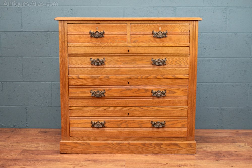 Oak Chest Of Drawers Antiques Atlas