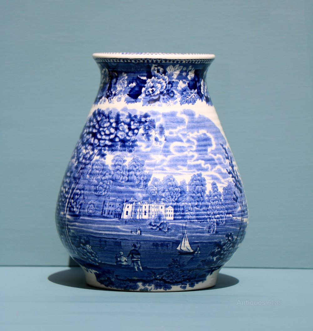 antiques atlas wedgwood blue and white vase. Black Bedroom Furniture Sets. Home Design Ideas