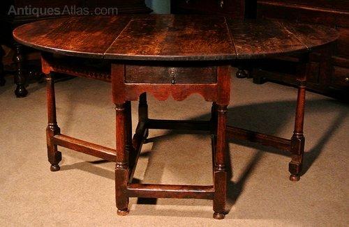 Unusual 17th century oak drop flap dining table antiques for Unusual oak dining tables