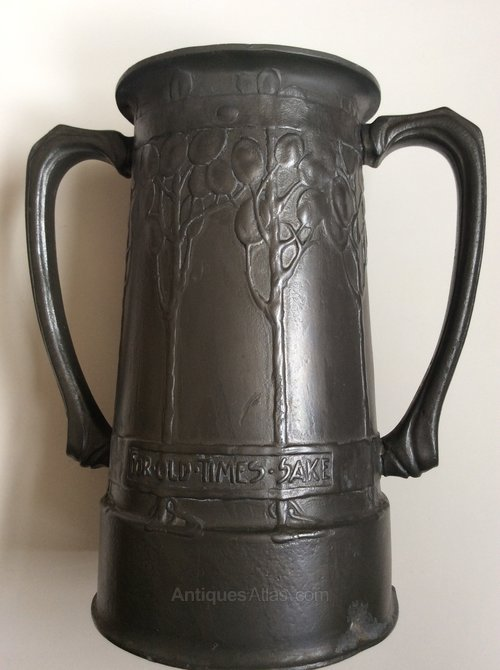 dating pewter mugs Mugs dating pewter a school of locksmiths came into being under francis i and henry ii, working from designs by androuet du cerceau in the 16th century and those by mathurin jousse and antoine jacquard in speed dating 20 30 london the 17th height 10.