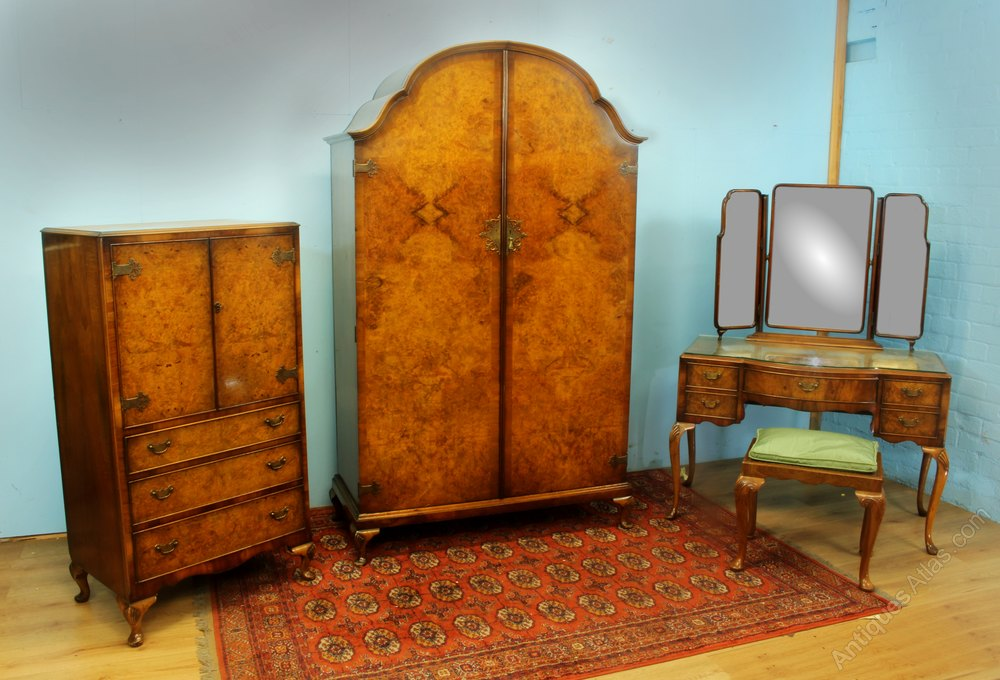 Burr Walnut 5 Piece Bedroom Set Antiques Atlas