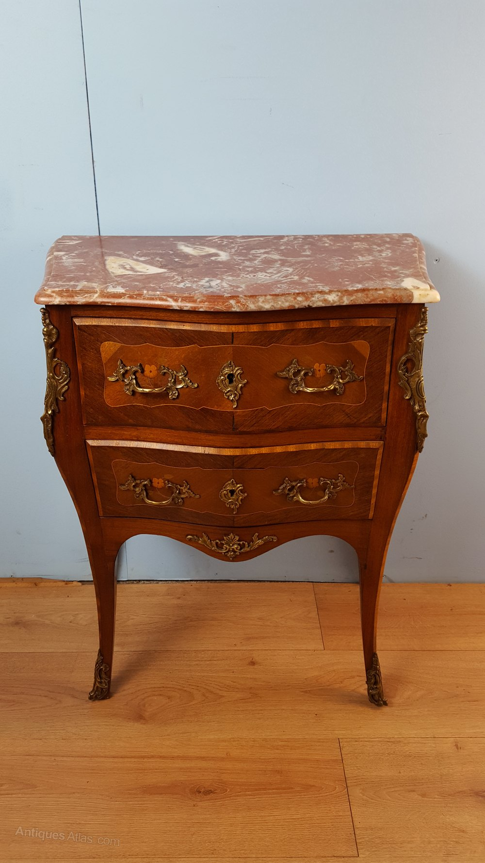 Louis xv marble top commode antiques atlas - Commode vintage ninedesign ...