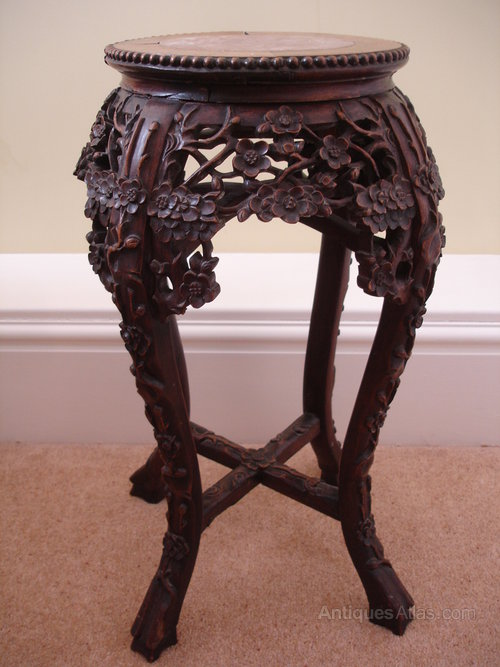 Chinese 19th century carved hardwood table antiques atlas for Oriental wood carved furniture