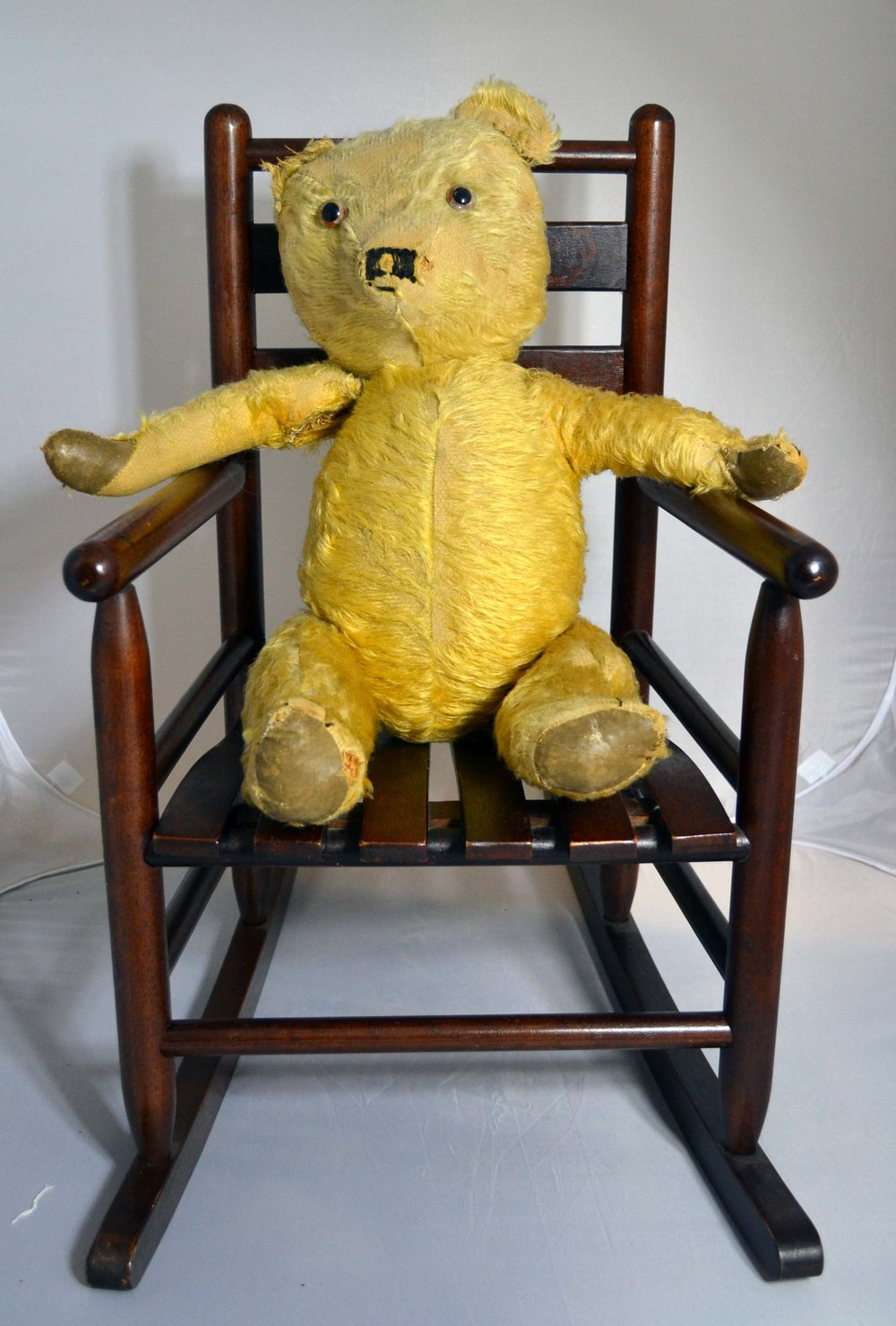 antiques atlas teddy bear 39 s rocking chair. Black Bedroom Furniture Sets. Home Design Ideas