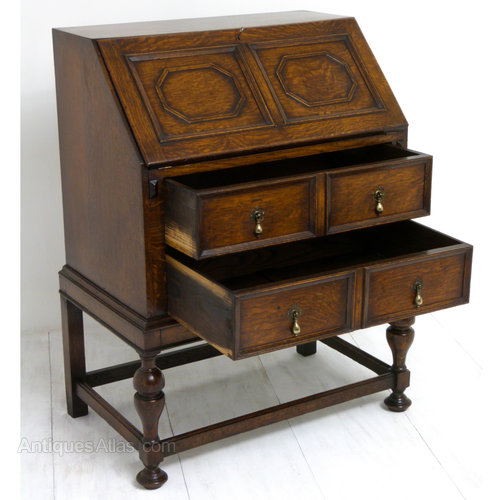 Jacobean oak bureau antiques atlas for Bureau hardware