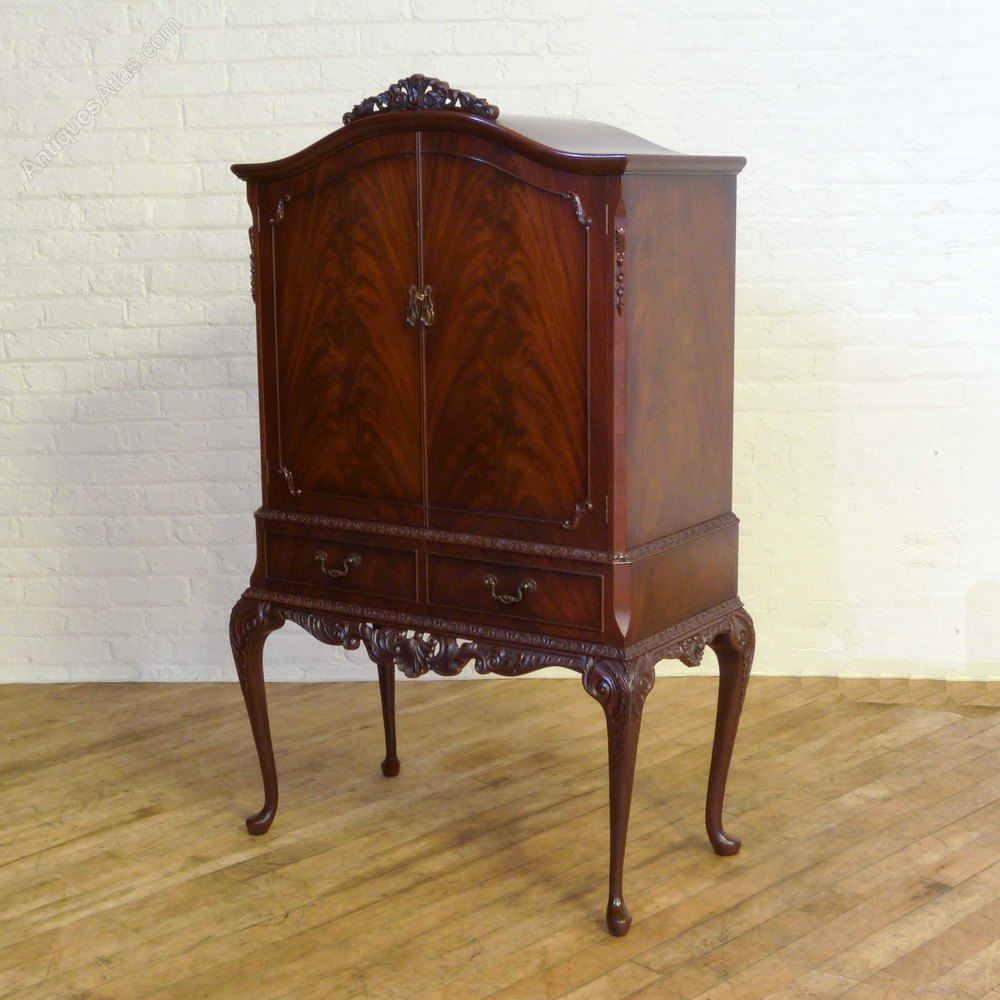 Antiques atlas queen anne style mahogany cocktail cabinet for Queen anne style