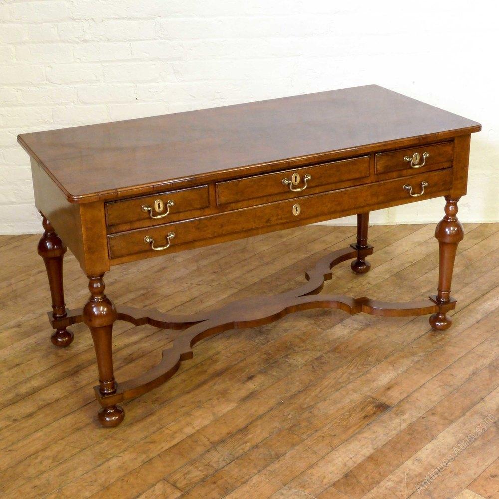 Victorian walnut side table antiques atlas for Walnut side table