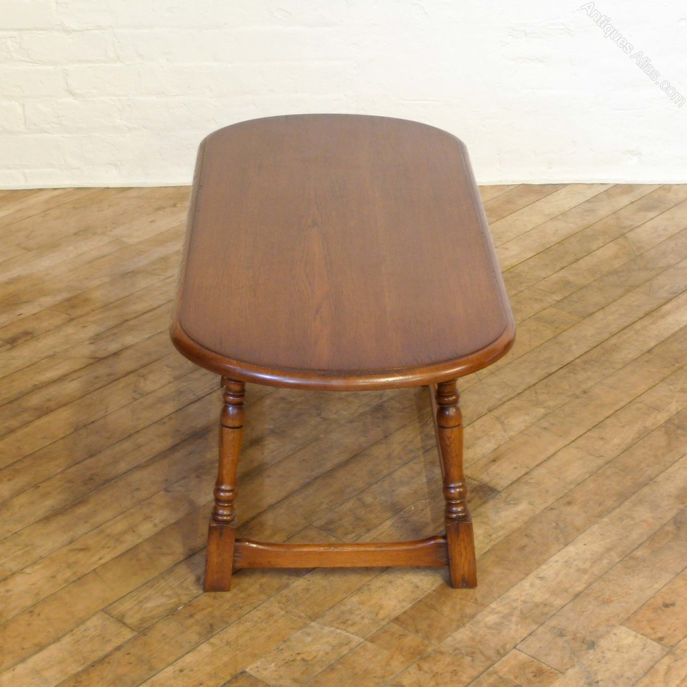 Antique White And Oak Coffee Tables: Vintage Oak Oval Coffee Table