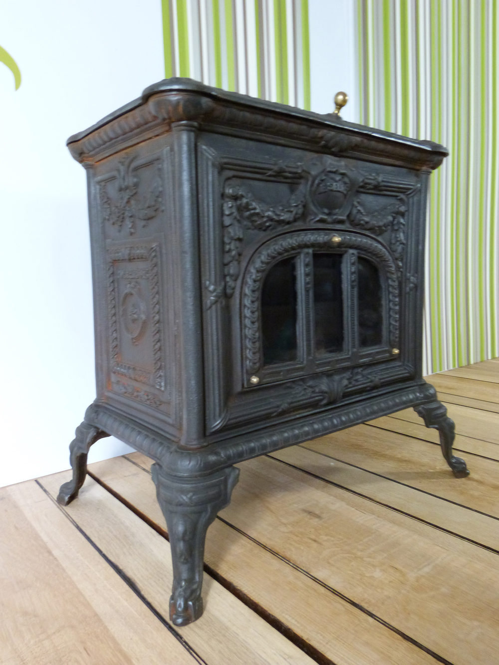 antiques atlas poele a bois woodburner. Black Bedroom Furniture Sets. Home Design Ideas