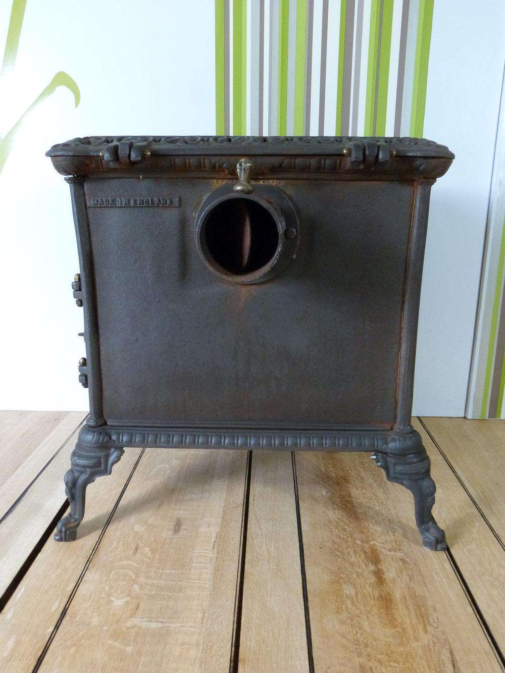 poele a bois sortie ventouse reglementation id e int ressante pour la conception de meubles en. Black Bedroom Furniture Sets. Home Design Ideas