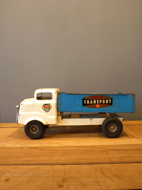 Toy Antique Dealers 90