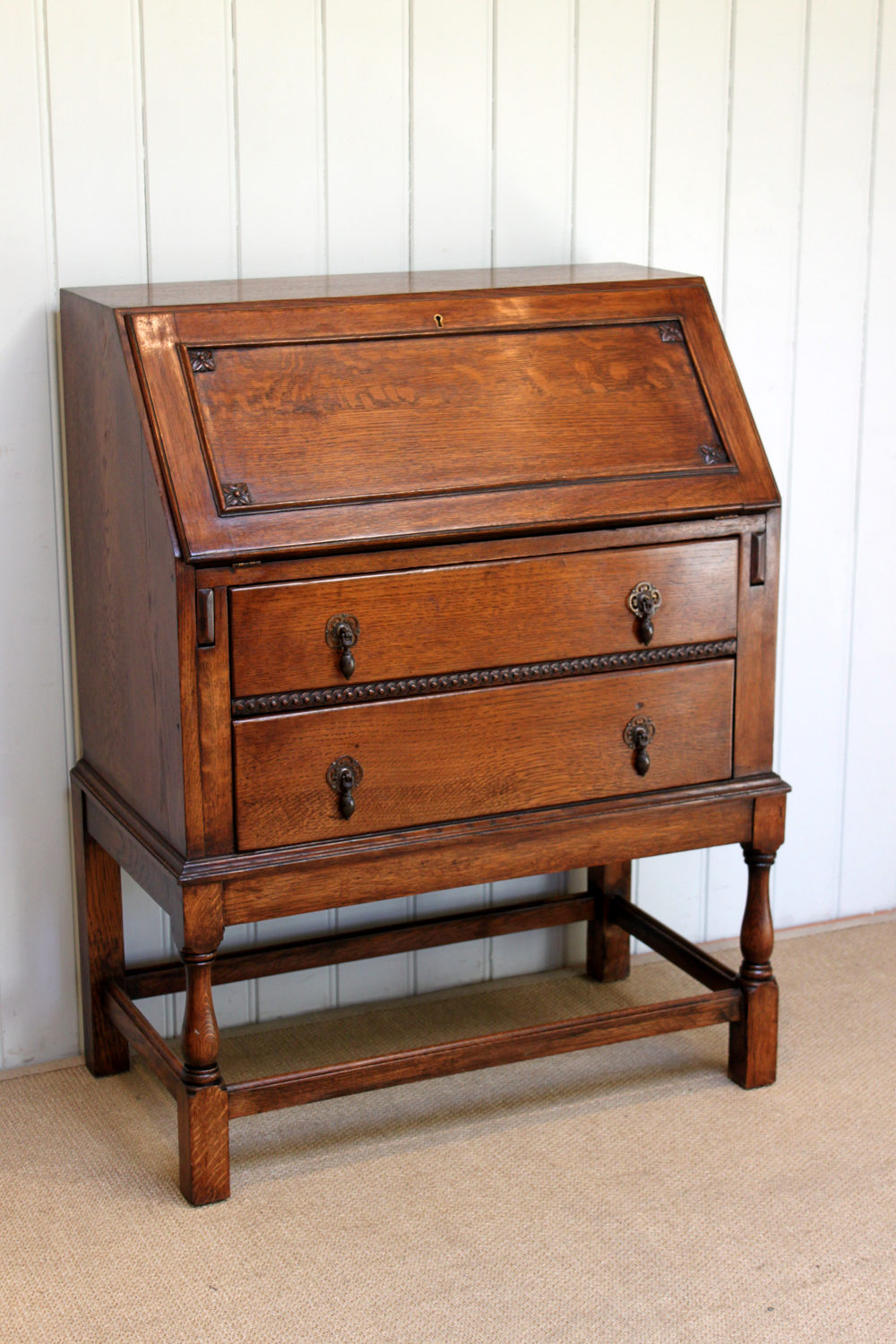 1920s solid oak bureau antiques atlas for Bureau antique