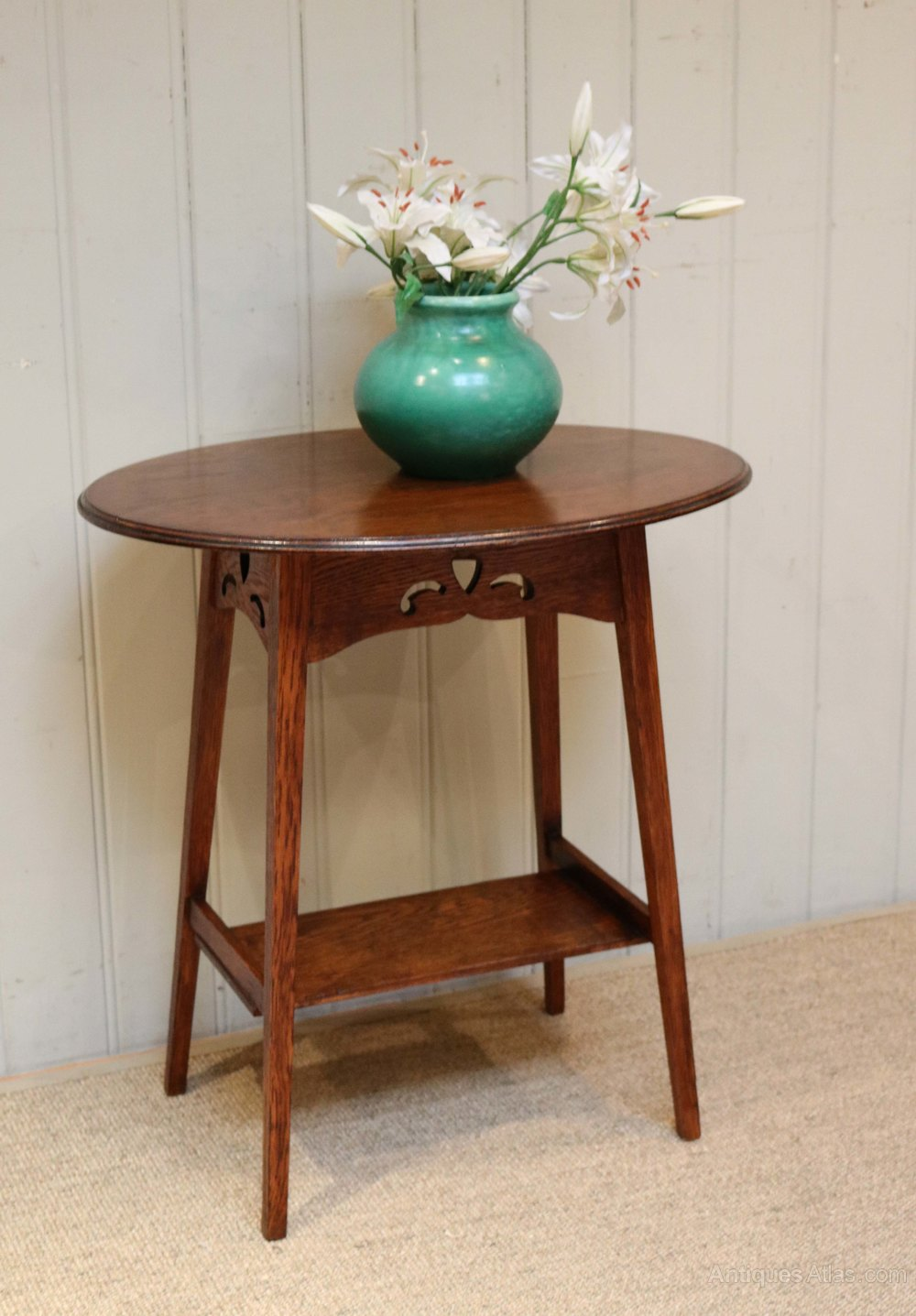 Arts and crafts oval oak table antiques atlas for Arts and craft tables