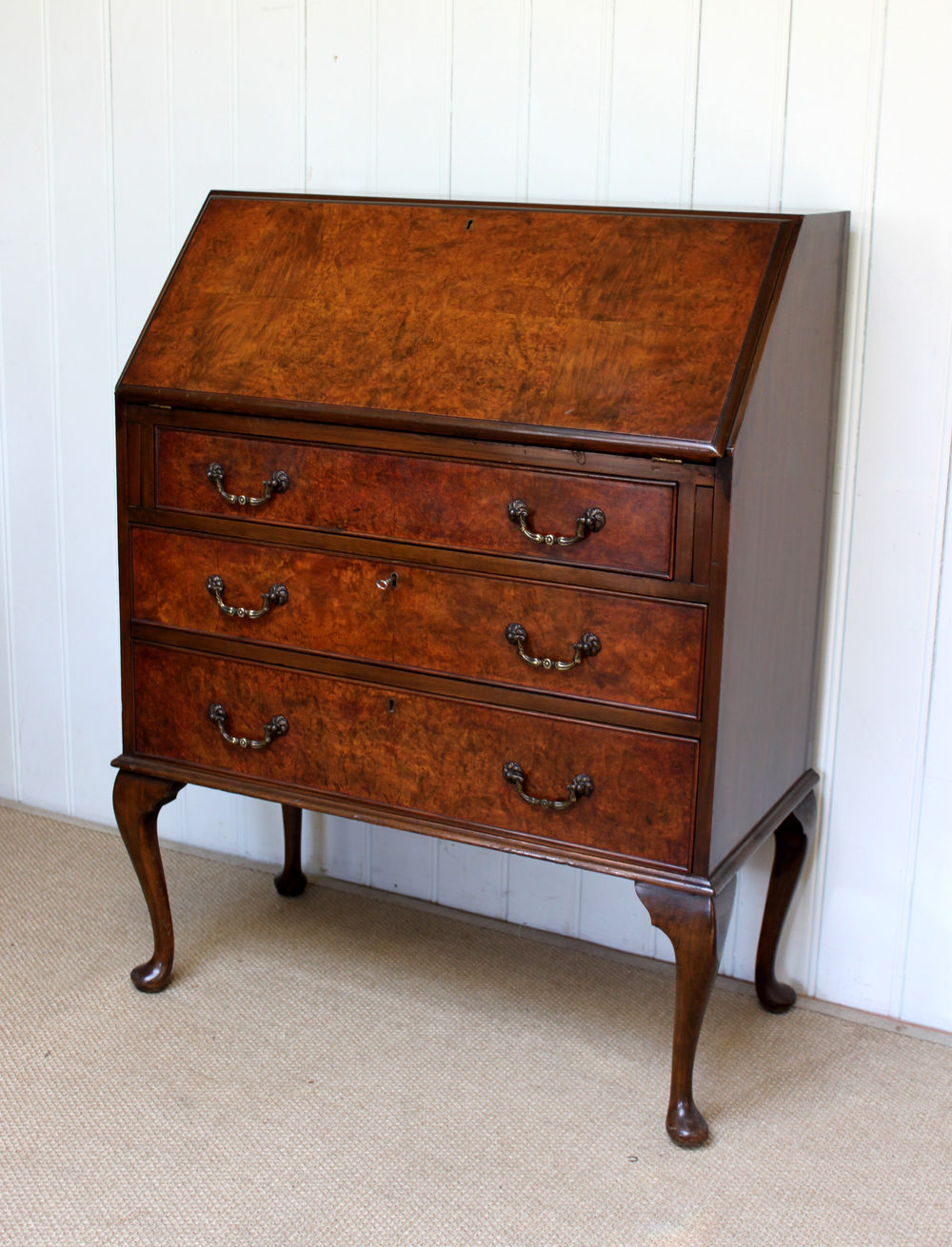 Burr walnut three drawer bureau antiques atlas for Bureau antique