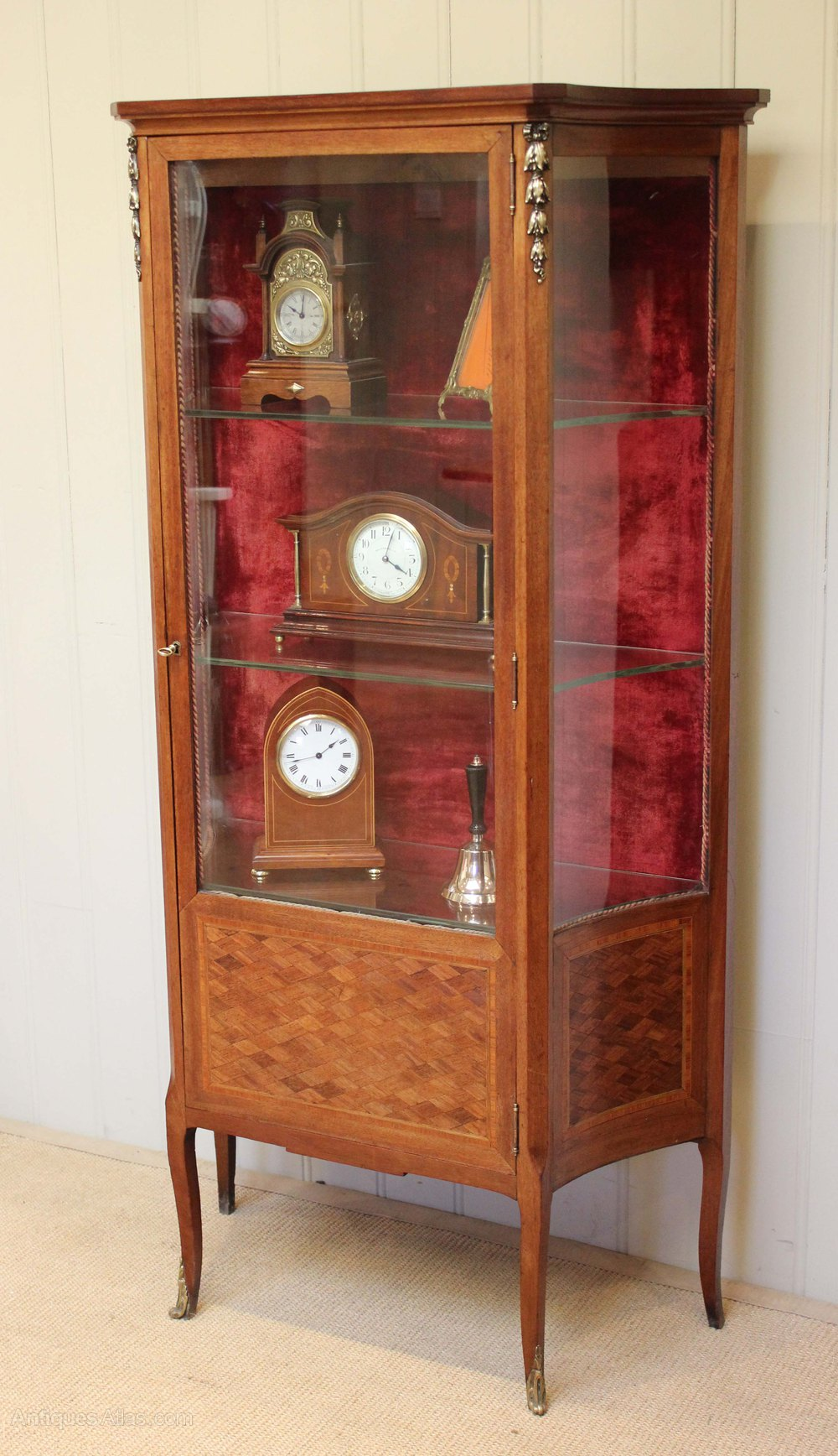Early 20th Century French Mahogany Display Cabinet