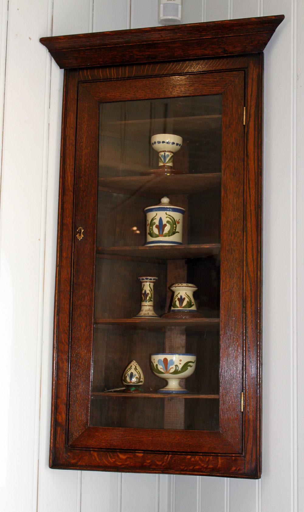 Small Solid Oak Corner Wall Cabinet - Antiques Atlas