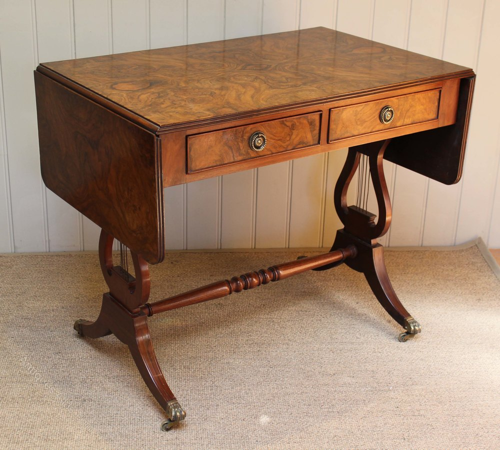 Walnut sofa table antiques atlas for Sofa table antique