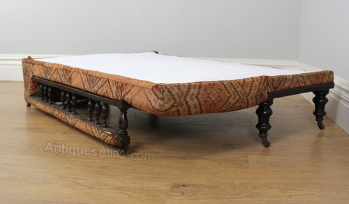 Edwardian metamorphic chaise longue bed for Antique edwardian chaise longue