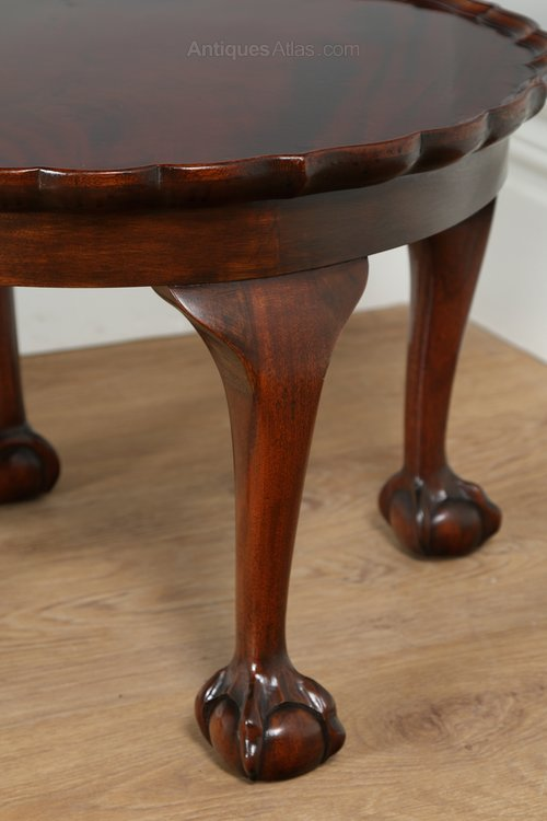 Queen Anne Style Round Pie Crust Coffee Table Antiques Atlas