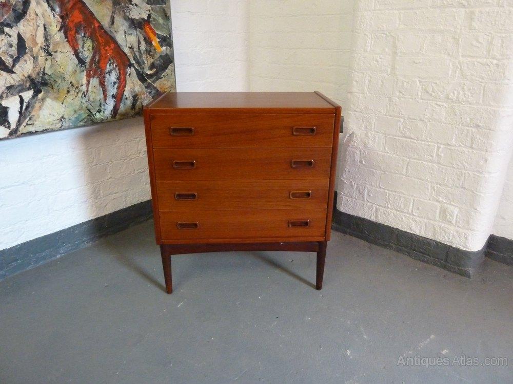danish teak small chest of drawers by mogens kold