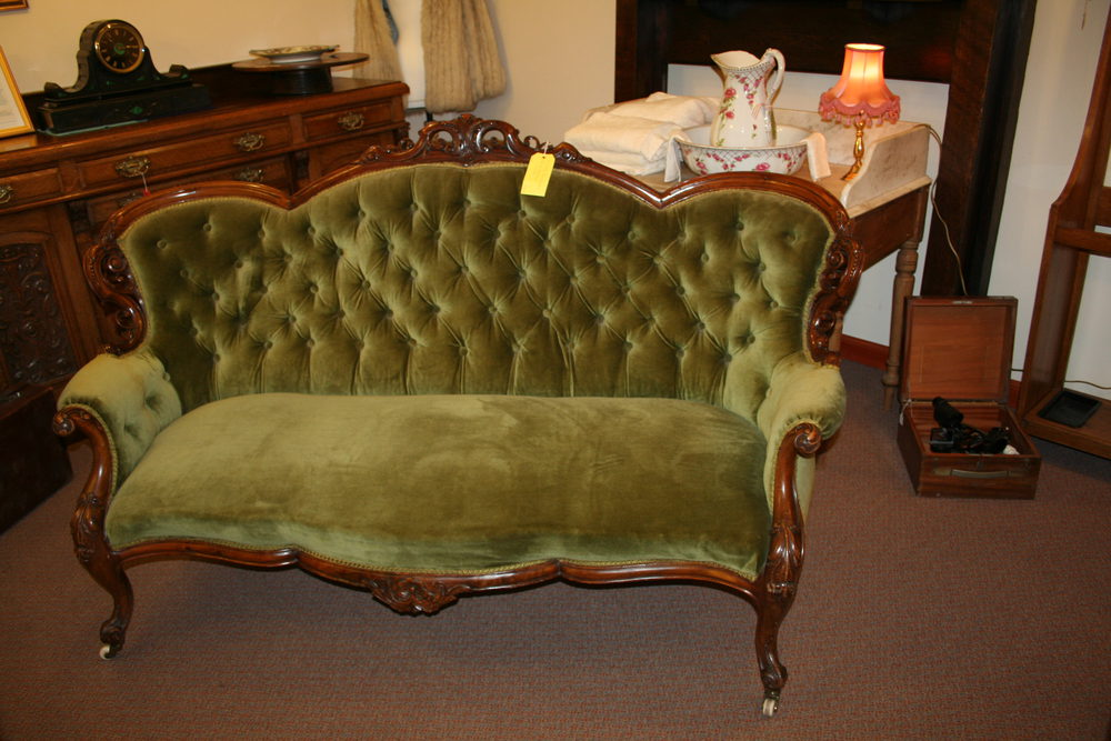 Victorian Sofa Antique Settees And Sofas