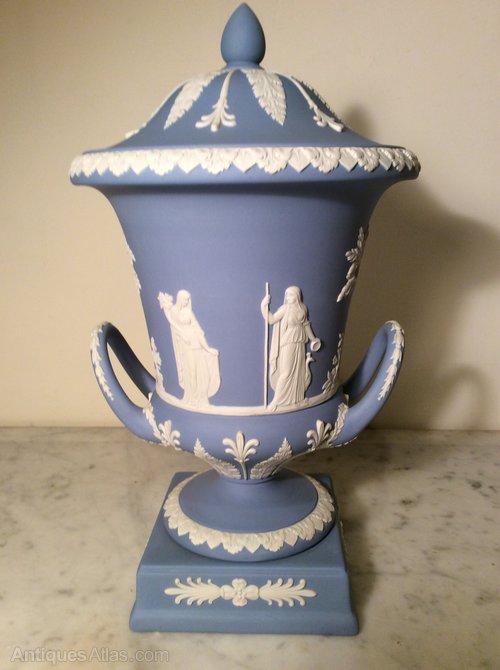 Antiques Atlas Large Wedgwood Urn Vase