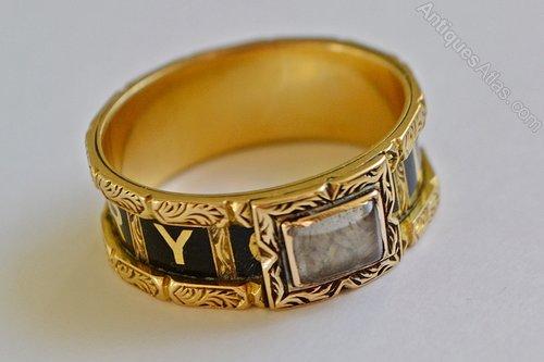 Antiques Atlas Georgian 18 Gold Enamel Mourning Memento Mori Ring