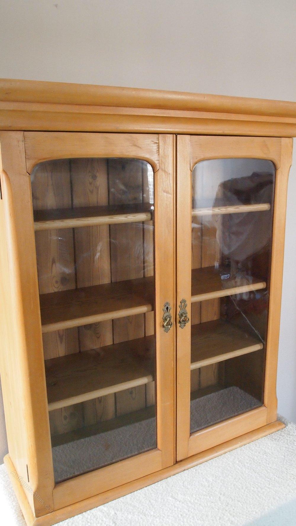 Victorian Antique Pine wall cupboard ... & Victorian Antique Pine Wall Cupboard - Antiques Atlas