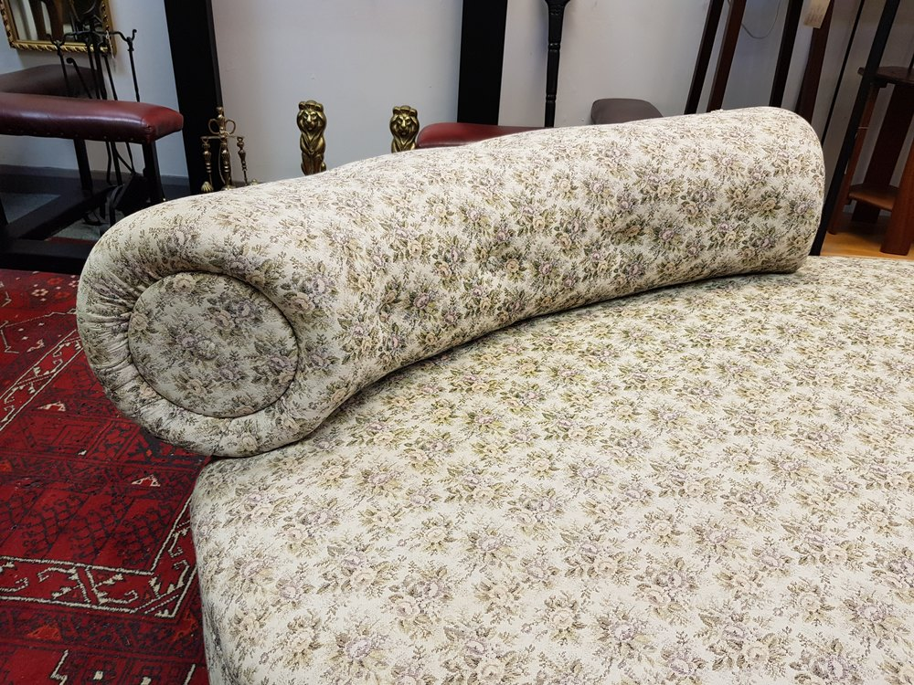 victorian chaise longue for sale uk with As461a462 on Antique Chaise Longue in addition Divan Sofa Design moreover As462a499 besides As462a1604 together with As178a1235.