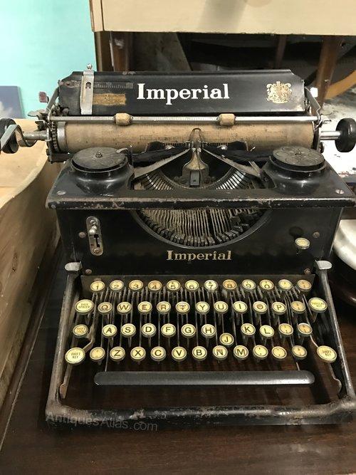 Antiques Atlas - Vintage Imperial Typewriter