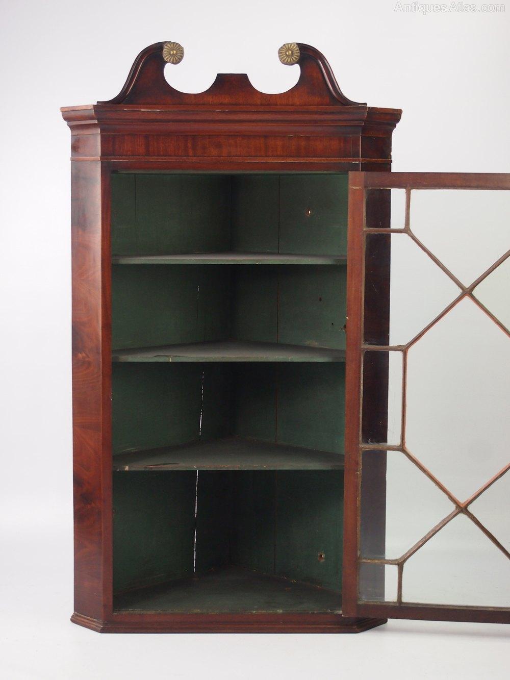 Georgian Mahogany Corner Cupboard Display Cabinet Antique Corner Cabinets  ... - Georgian Mahogany Corner Cupboard Display Cabinet - Antiques Atlas