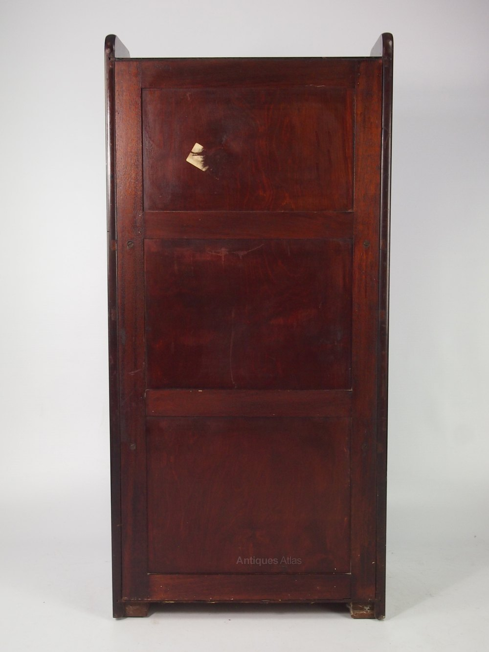 https://images.antiquesatlas.com/dealer-stock-images/antiquefurndirect/Slim_Art_Deco_Mahogany_Bureau_as526a1168z-3.jpg
