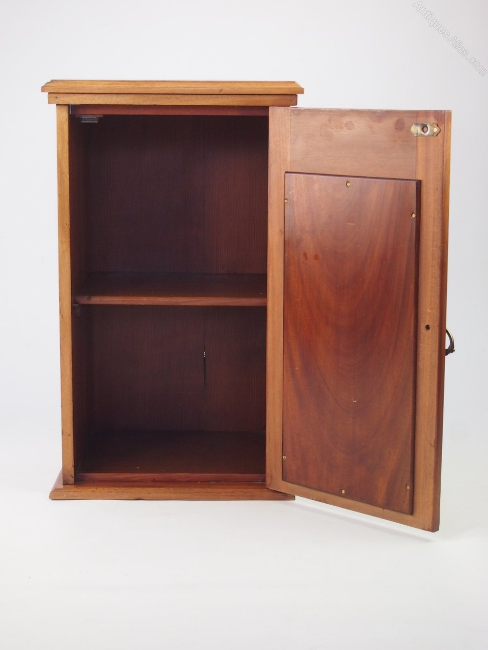 Small antique edwardian bedside cabinet antiques atlas for Very small bedside cabinets
