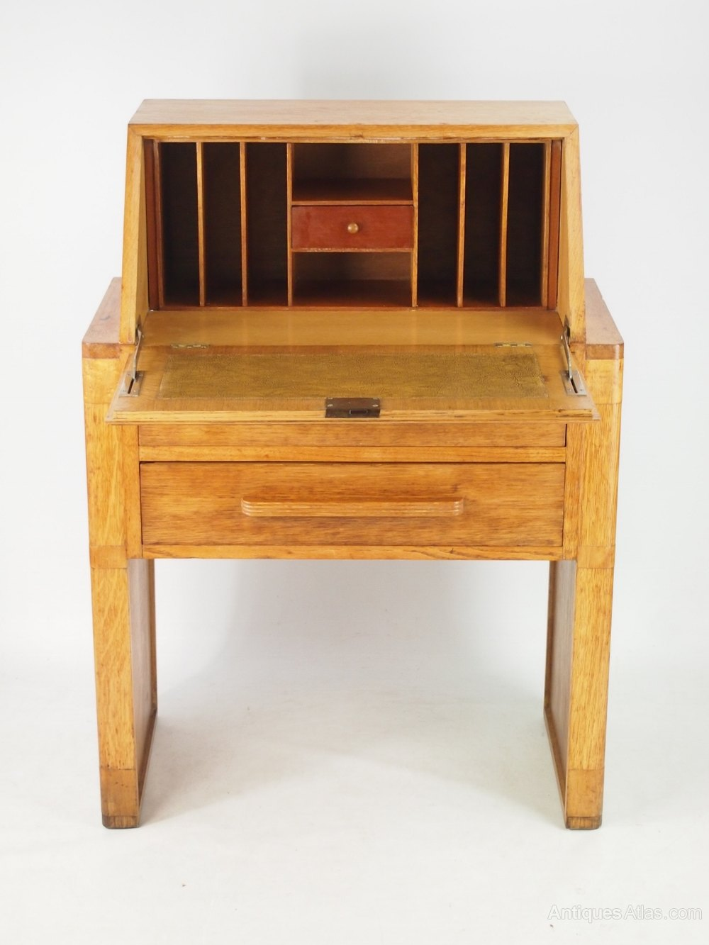 small art deco oak bureau antiques atlas. Black Bedroom Furniture Sets. Home Design Ideas