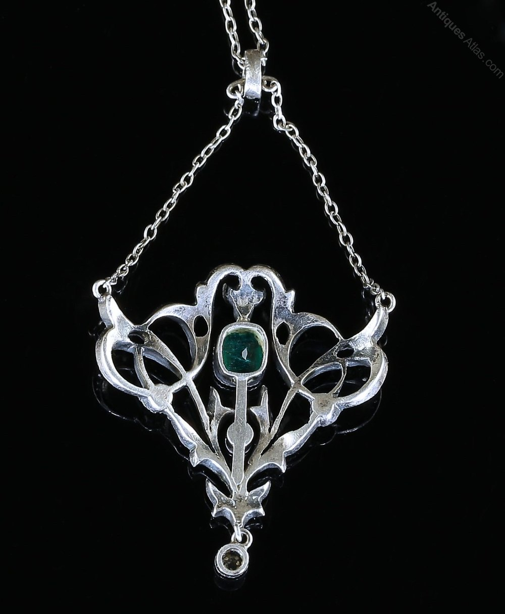 Antiques Atlas Antique Victorian Paste Pendant Emerald Green