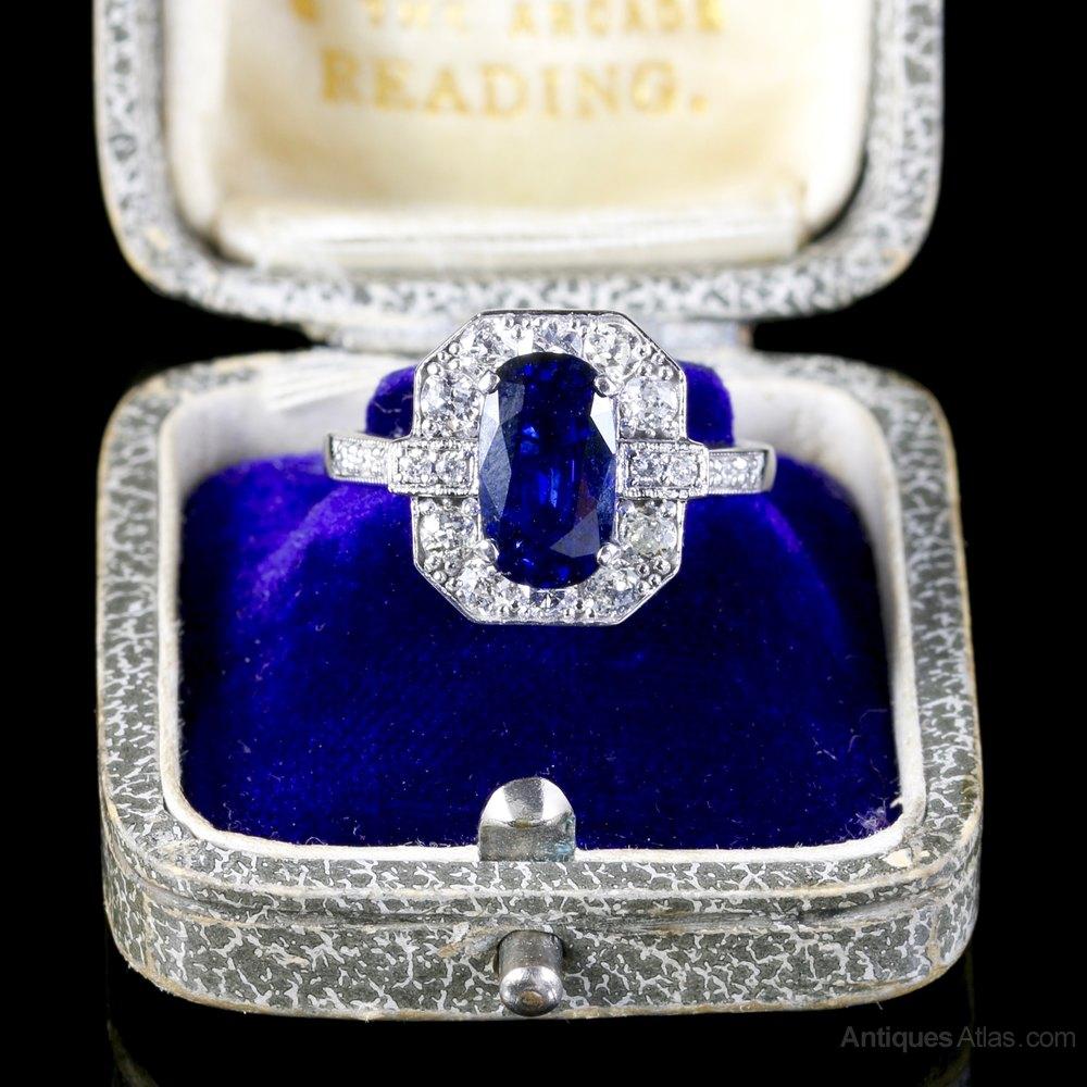 antiques atlas sapphire diamond ring 18ct white gold. Black Bedroom Furniture Sets. Home Design Ideas