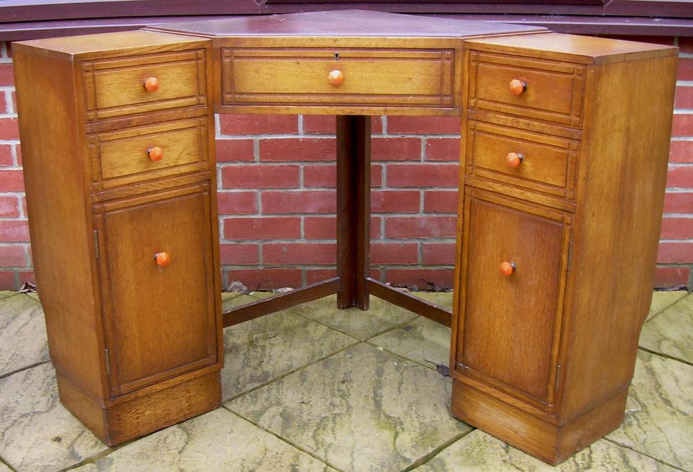 Heals Corner Desk Antique ... - Heals Corner Desk - Antiques Atlas